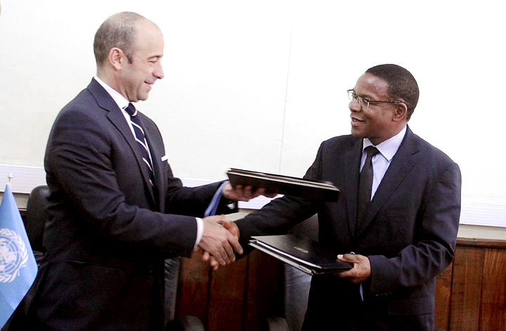 Miguel Serpa Soares, United Nations Under-Secretary-General for Legal Affairs, and Bernard K.Membe, Tanzania Minister of Foreign Affairs and International Cooperation