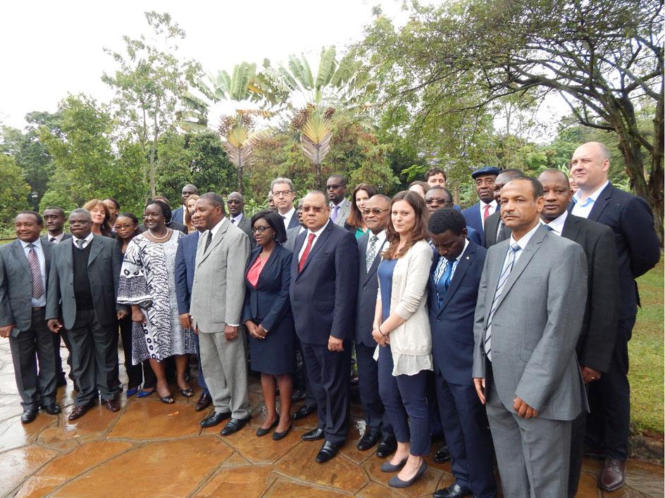 Tužilac Brammertz sa učesnicima konferencije o osnivanju Mreže pravosudne saradnje na području afričkih Velikih jezera