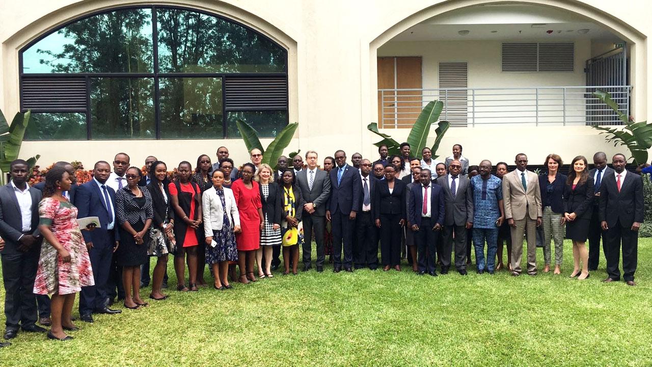 Prosecutor Brammertz with Prosecutor General of Rwanda, Jean Bosco Mutangana and training participants in Kigali